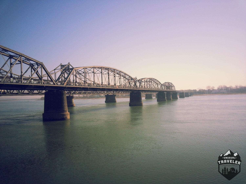 bridge to north korea from dandong