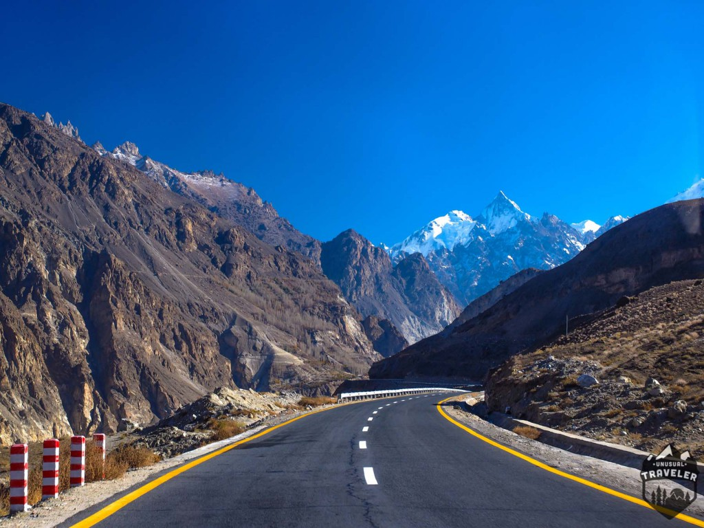 Driving A long Karakoram Highway,Pakistan Travel #Travel_Tips #Karakoram#Pakistan , #Pakistan_Truck