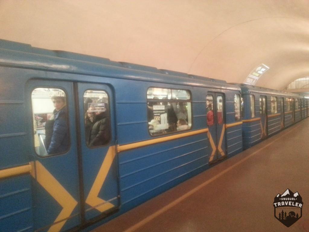 kiev,ukraine,Kyiv,Київ,eastern europe,kiev metro
