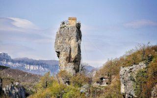 #georgia #katskhi_pillar #Chruch #Caucasus
