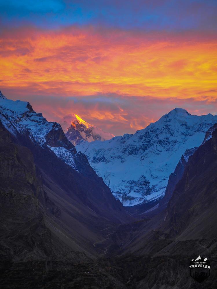 #Pakistan #sunset #Hunza Valley seen with the Karakoram mountain range