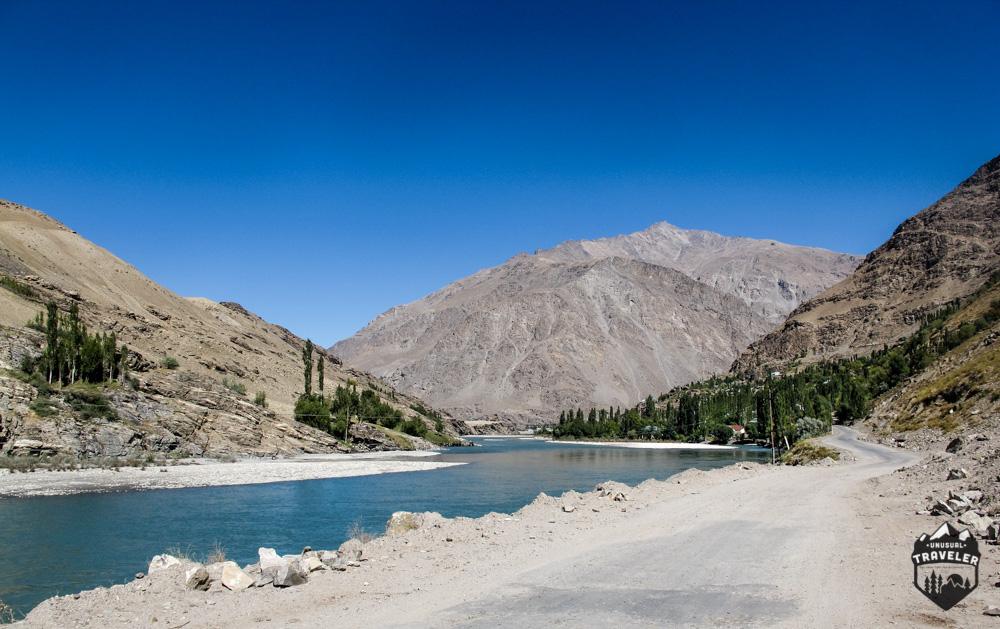Afghanistan,Tajikistan