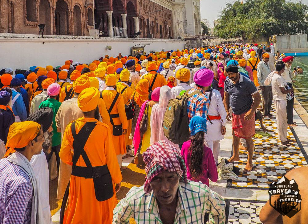 a sea of turbans during the weekend on the Golden Temple