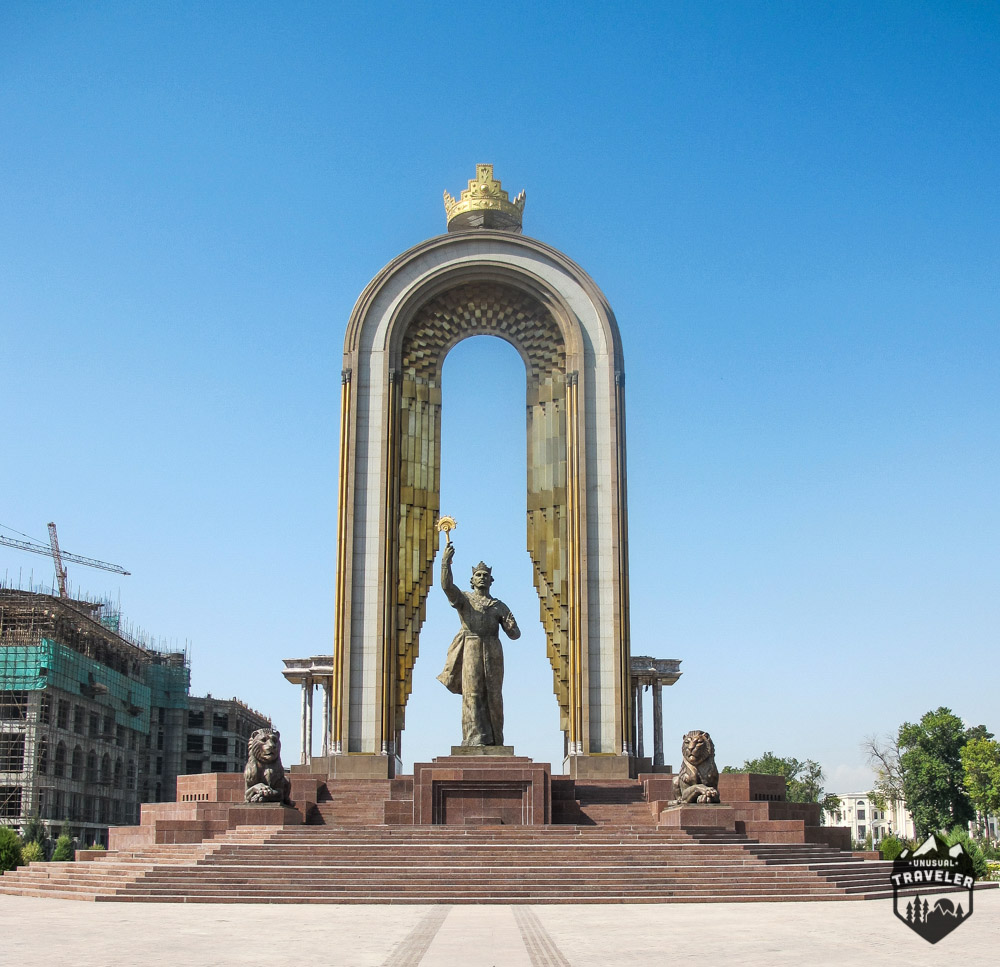 Statue of Somoni in Dushanbe