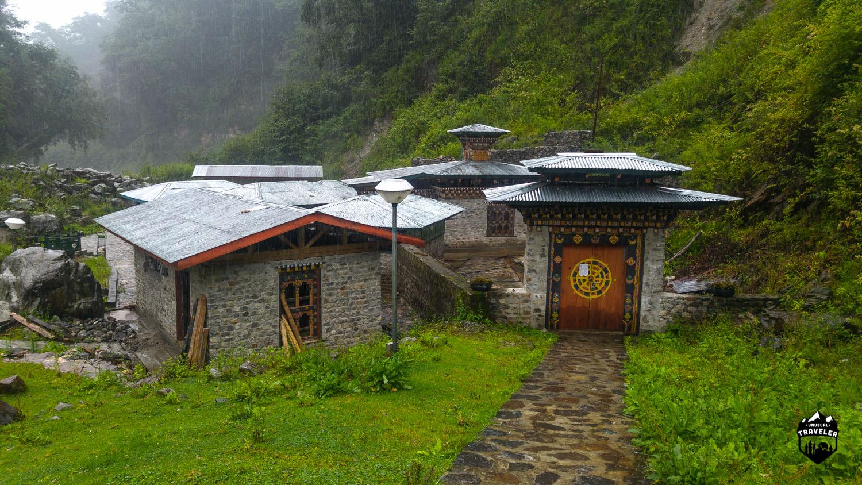 Gasa hot springs