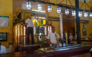 The bar at Factoria Plaza Vieja. Notice that they have 5L beer towers.