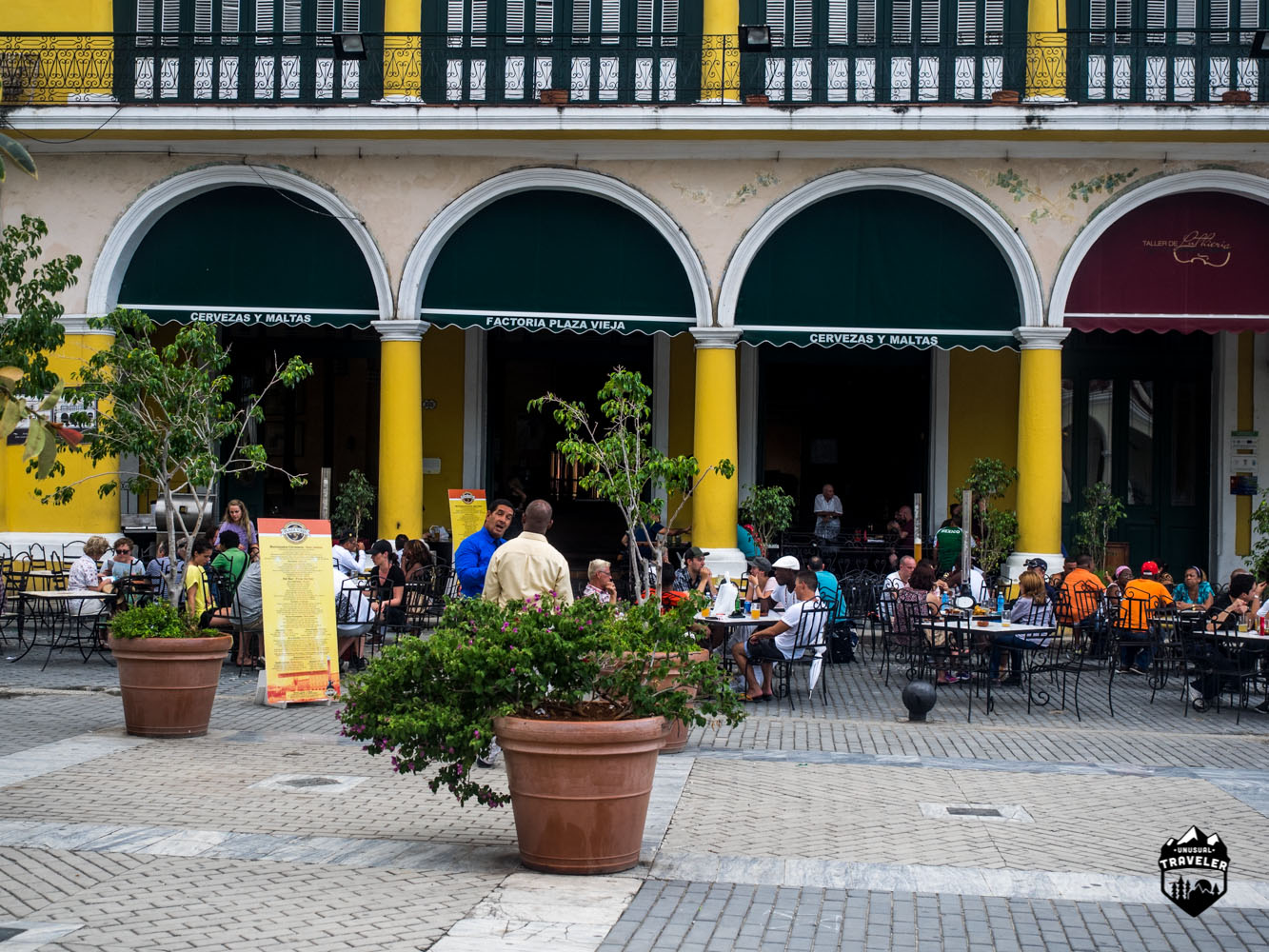 The outside area at Factoria Plaza Vieja in Havana craft beer