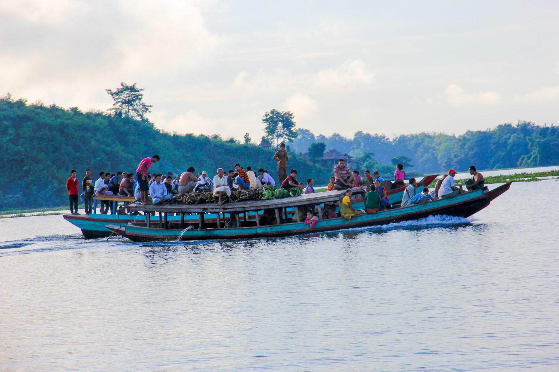 Locals getting around on Kaptai Lake