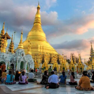 10 Most Impressive Religious Buildings in Asia.