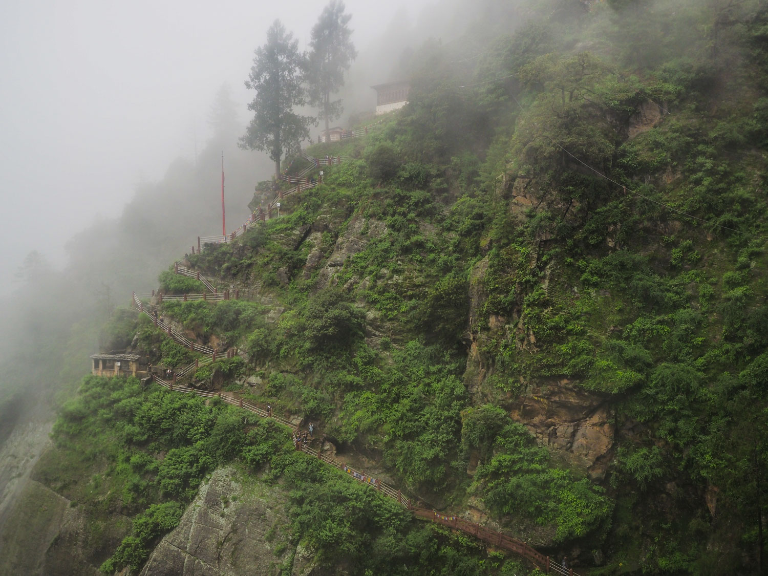 the hiking trail in Tiger Nest Monastery in Bhutan guide
