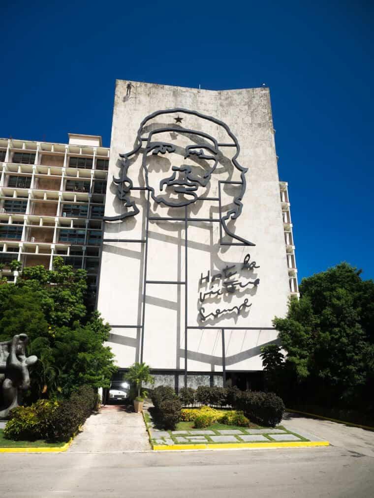 Che Guevara portrait on a wall in Havana, Cuba