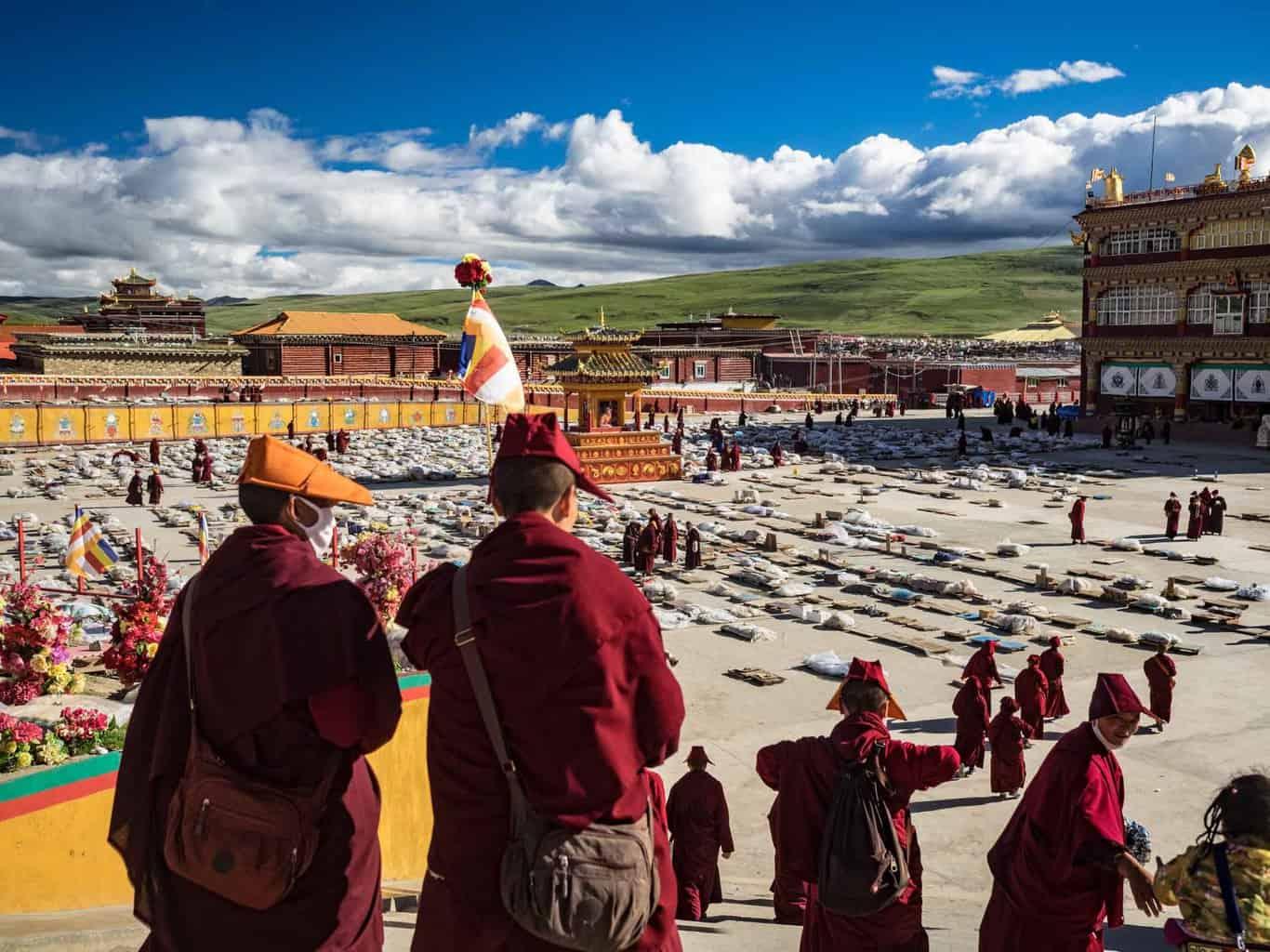 Yarchen Gar monastery study