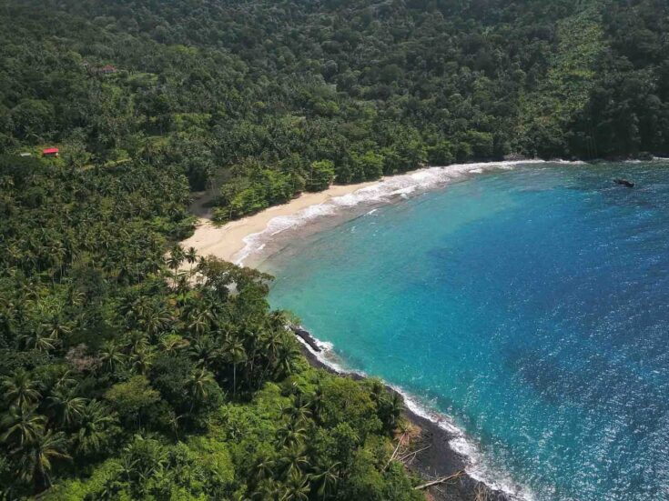 One of many beaches around Sao Tome & Principe without any people. Paradise