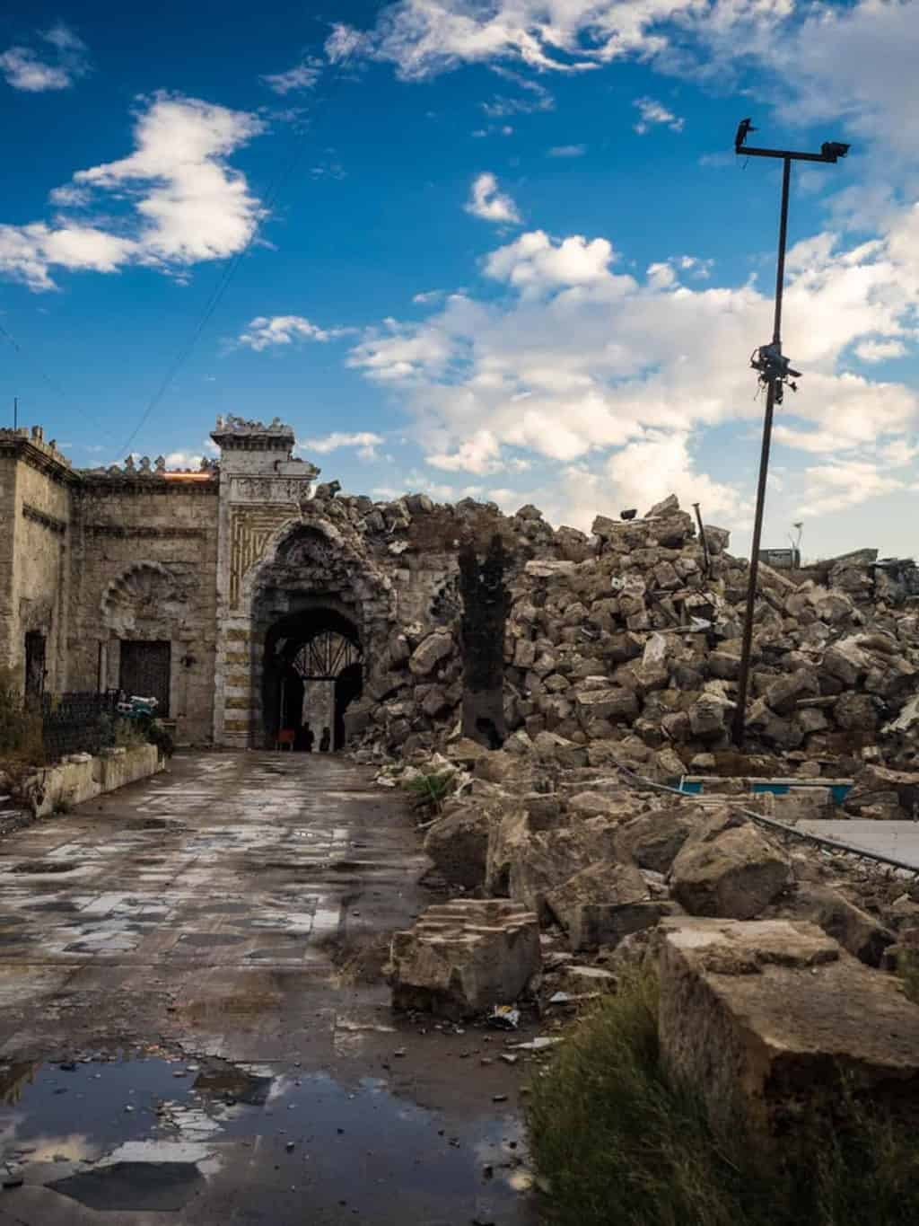 The destroyed Aleppo Grand Mosque 2017