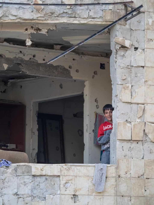 kids in homs broken home syria