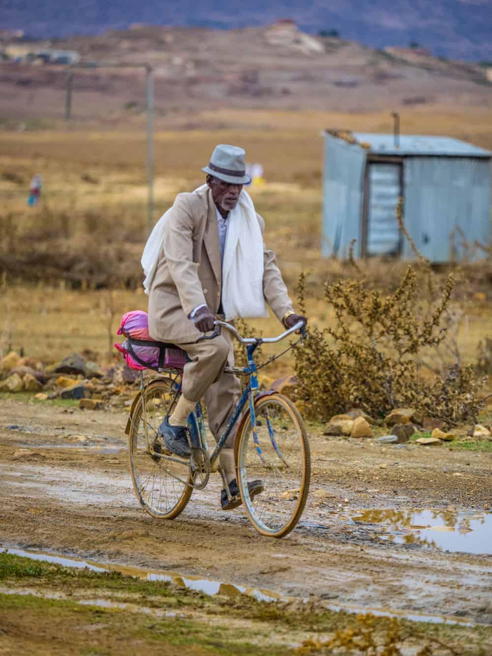 locals in eritrea