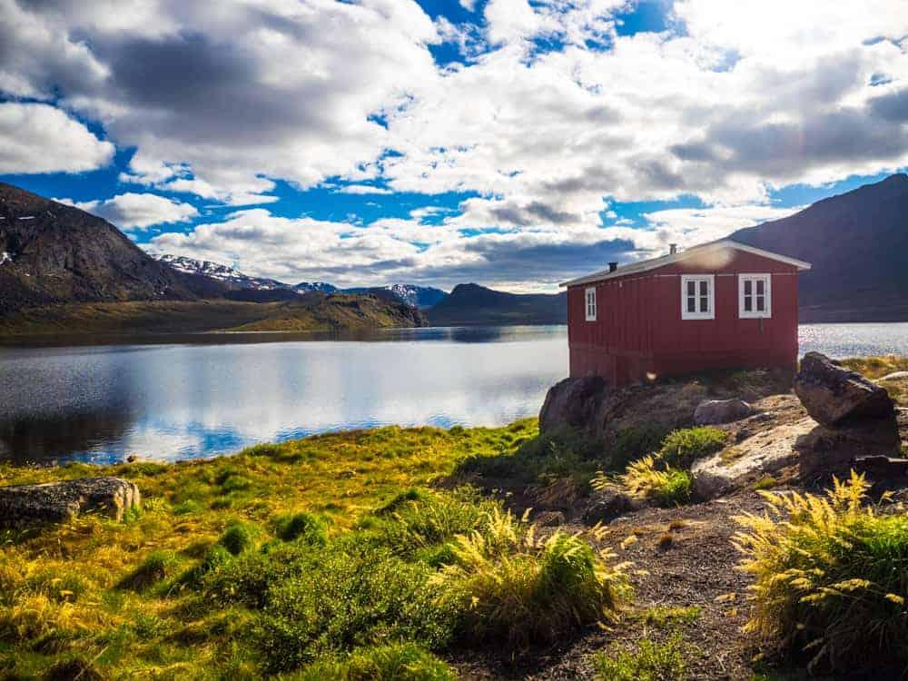 Lake house arctic circle trail