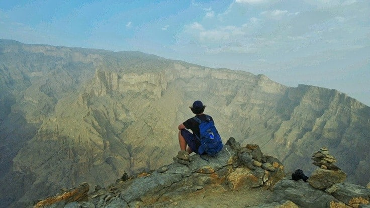 Enjoying the vire from the top of Jebel Shams