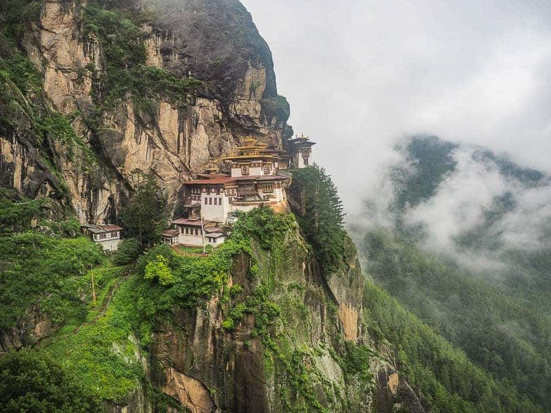 Top 10 things to do in Bhutan visit Tiger Nest monastery