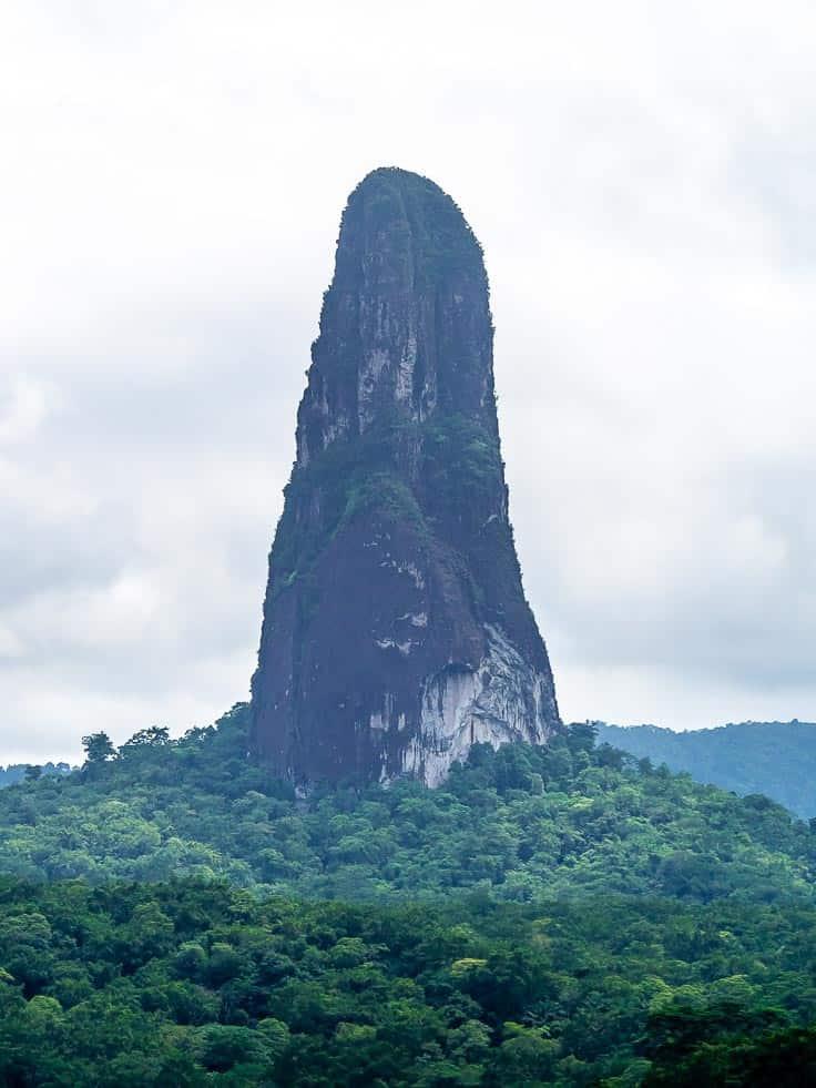 Pico Cão Grande sao tome