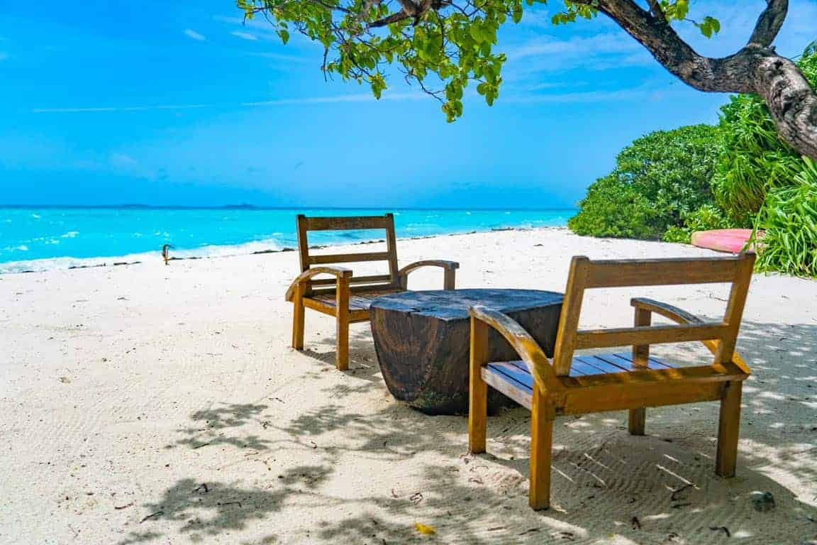 Dhigurah island in the Maldives travel guide