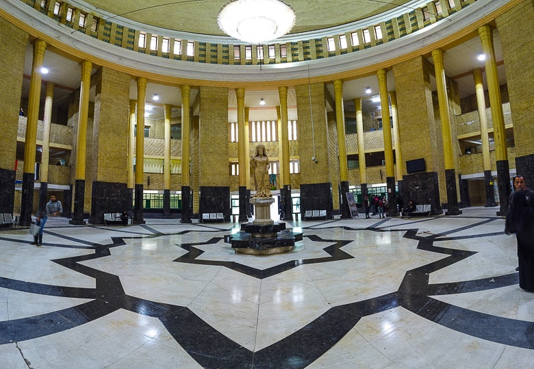 Main hall at Baghdad railway station.