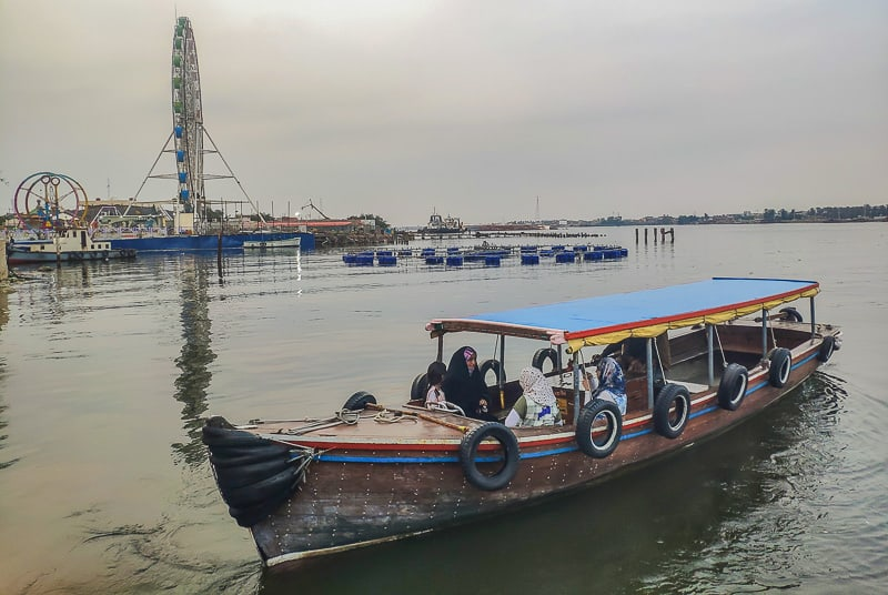 Basra River cruise in Iraq