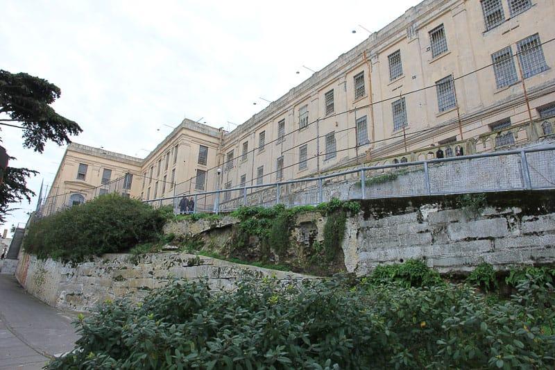 Alcatraz prison guide
