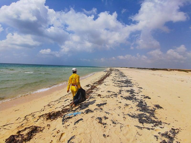 farasan beach saudi arabia