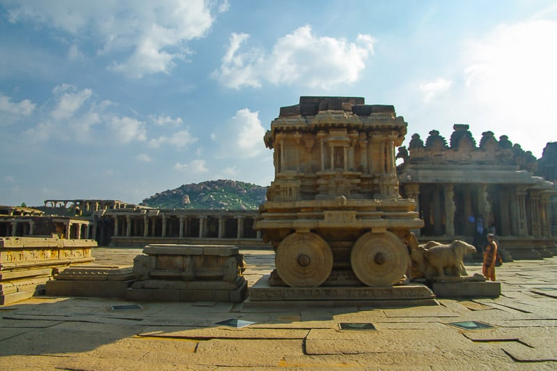 The Garuda stone chariot and Vitthala temple in Hampi in west India
