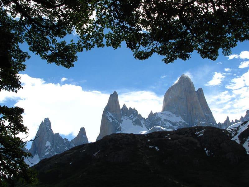 Фицрой и Серро Торре 7 Удивительных походов в Южную Америку. 7 Удивительных походов в Южную Америку. fitzroy