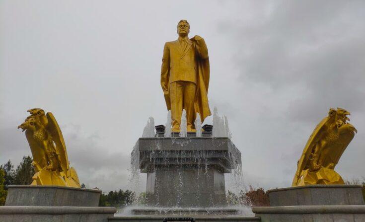 Saparmurat Niyazov gold statue in Ashgabat turkmenistan