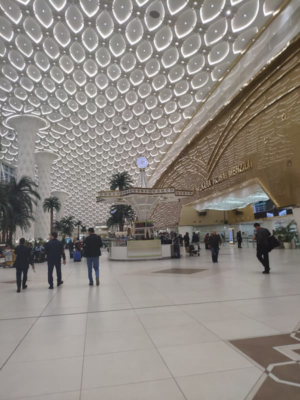 внутри аэропорта Ашхабад Туркменистан