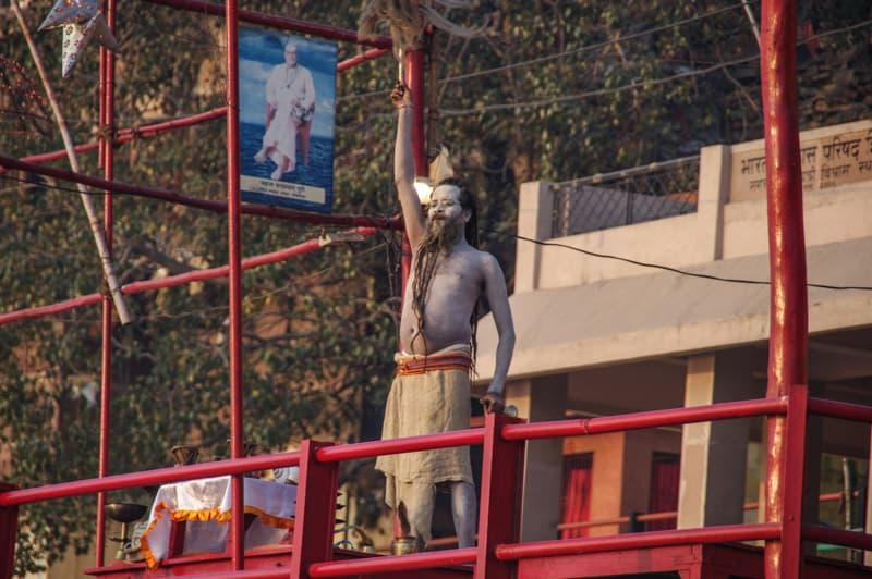 святой человек Варанаси Путеводитель по Варанеси Путеводитель по Варанеси – самому святому городу Индии IMGP0274 2