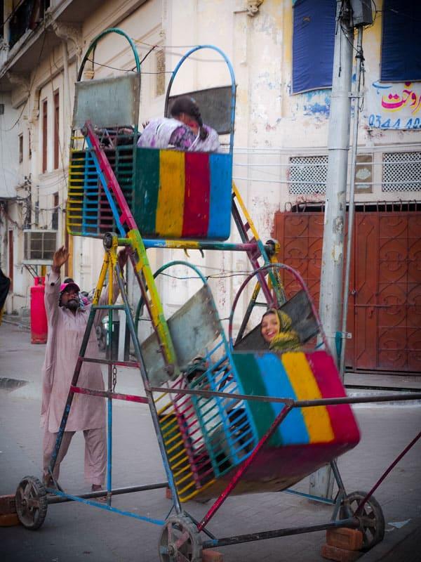 Man powered ferris wheel in Lahore