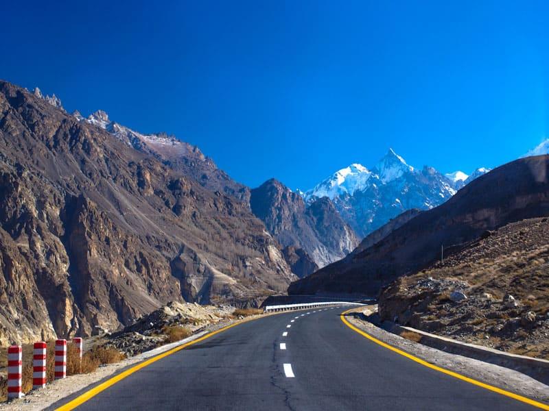 Traveling the amazing Karakoram HIghway in northern pakistan.