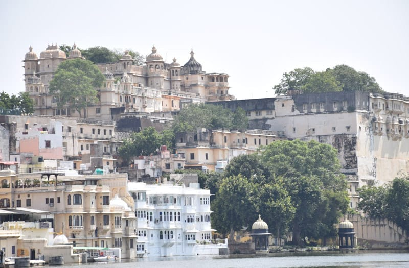 Udaipur City Palace overlooking the lake and the ghats.