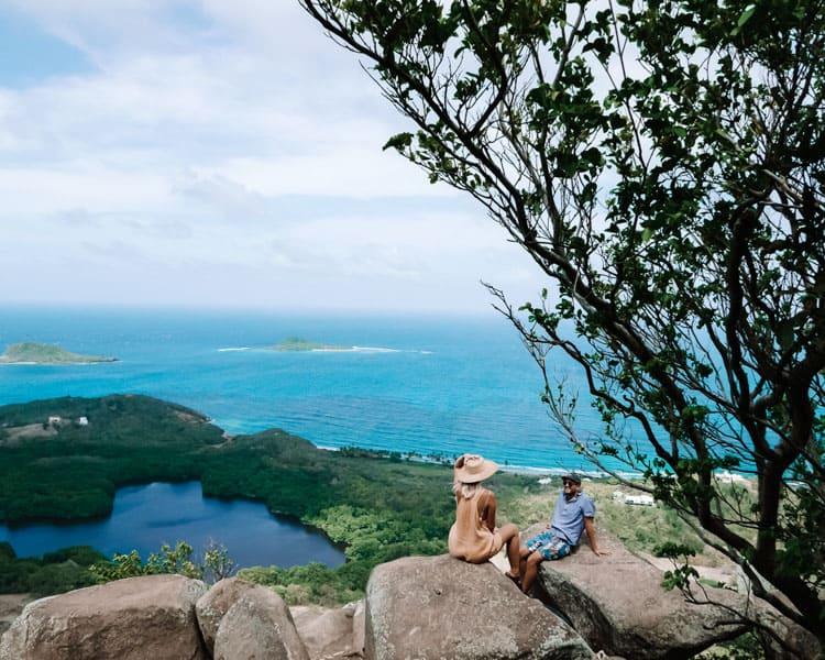 Добро пожаловать Рок гренада 10 лучших вещей, которые нужно сделать в Гренаде Welcome Rock The Dharma Trails