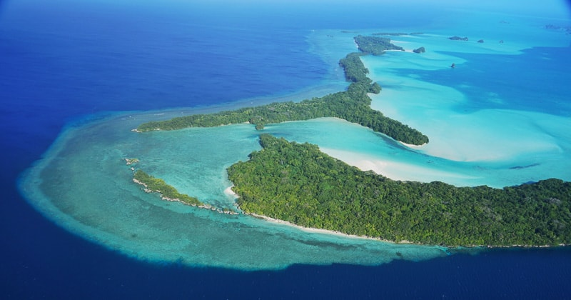 The big drop of, a world class dive site in Palau