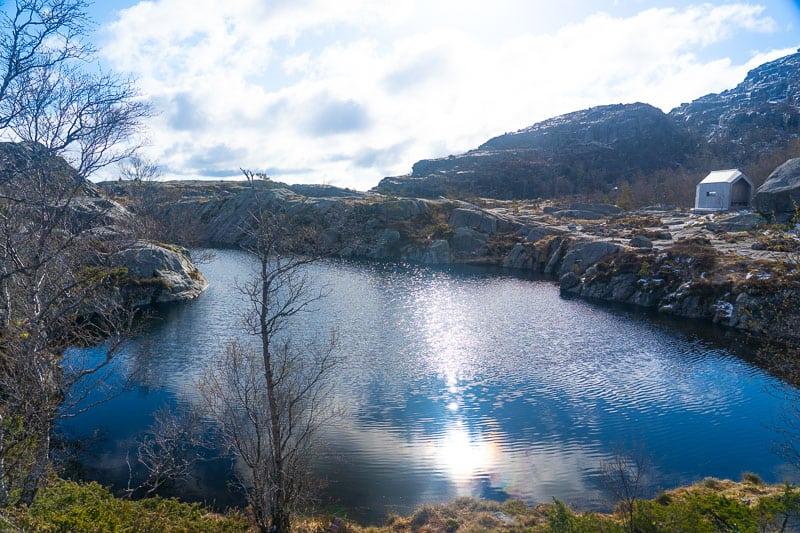 Preikestolen lake
