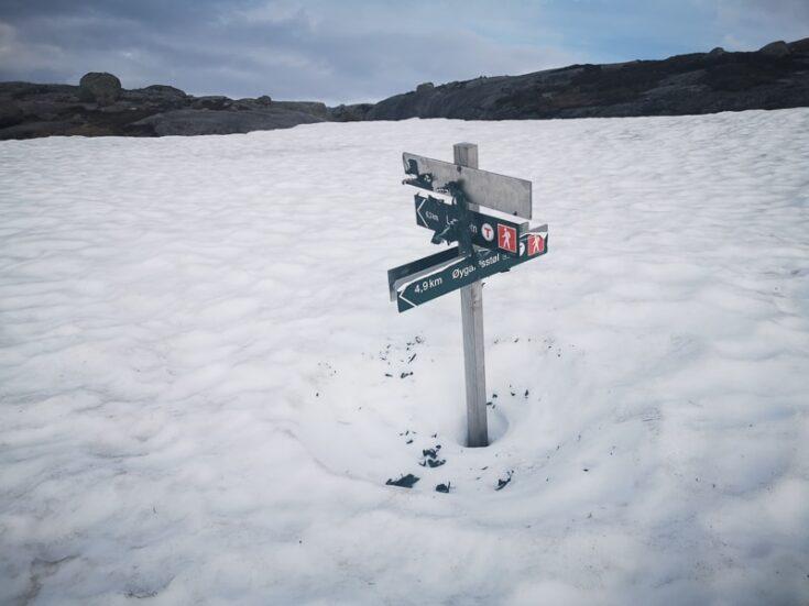 Kjeragbolten snow