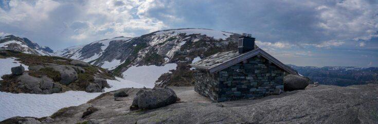 cabin kjeragbolten norway