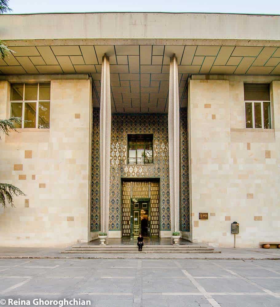 Niyavaran palace