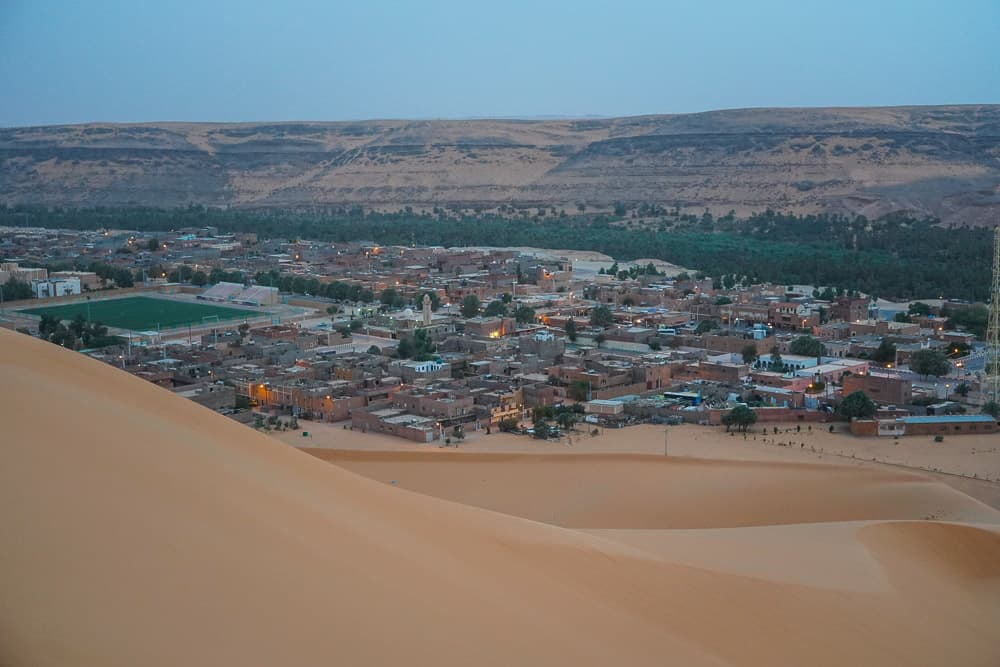 overlooking Taghit