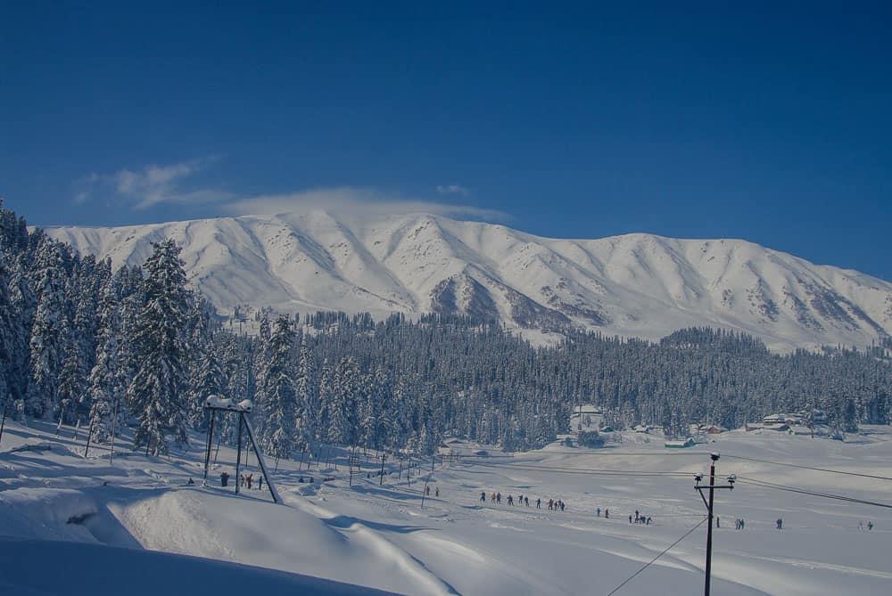 Gulmarg skiing India