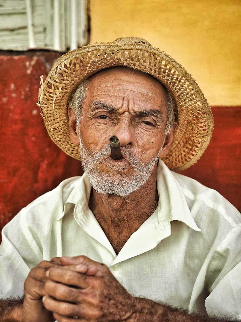 Cubans loves cigar