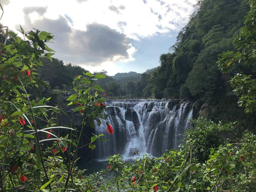 Shifen-Waterfall in Taiwan just outside Taipei
