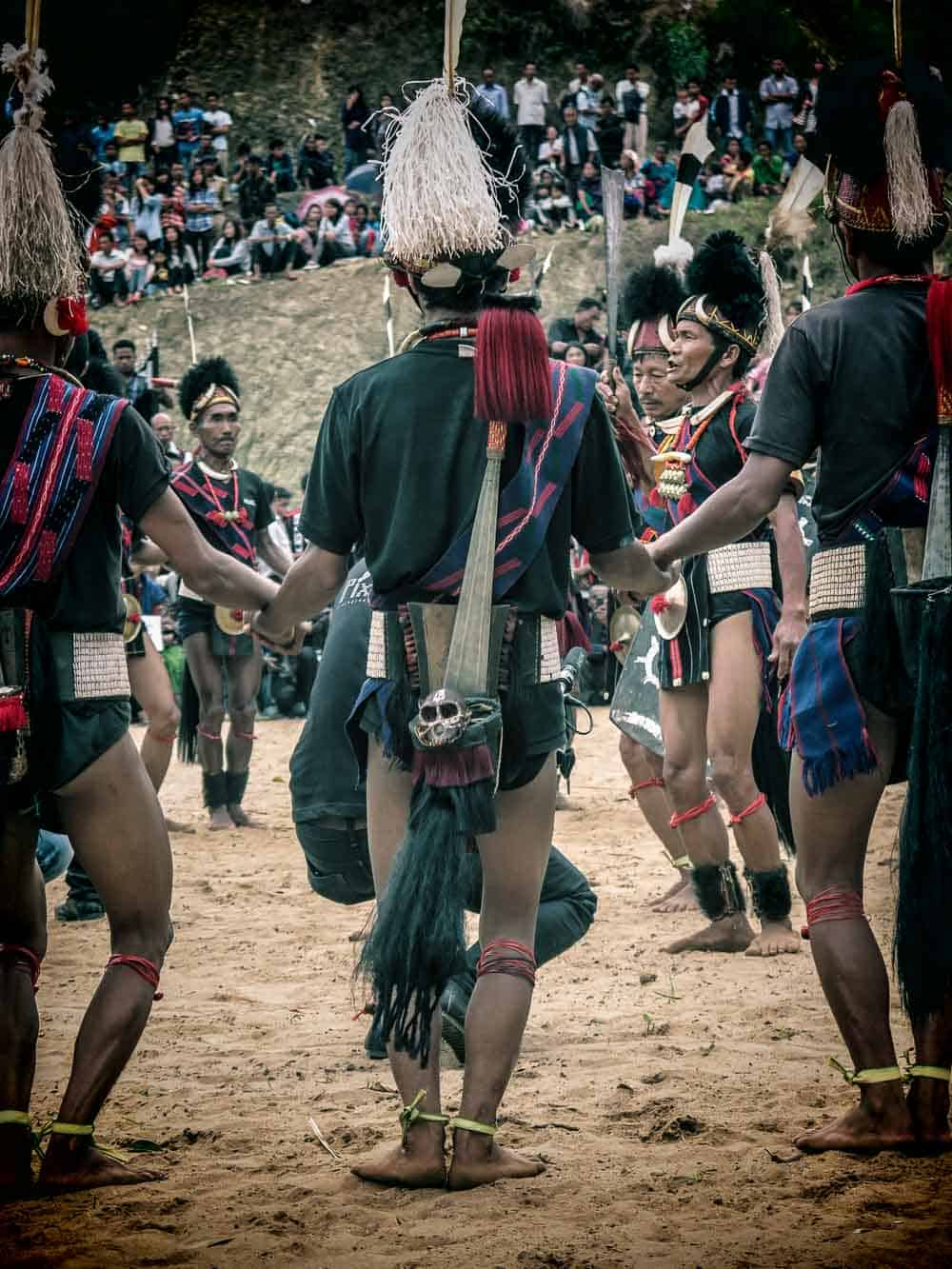 local tribal dancers at the Aoleang festival