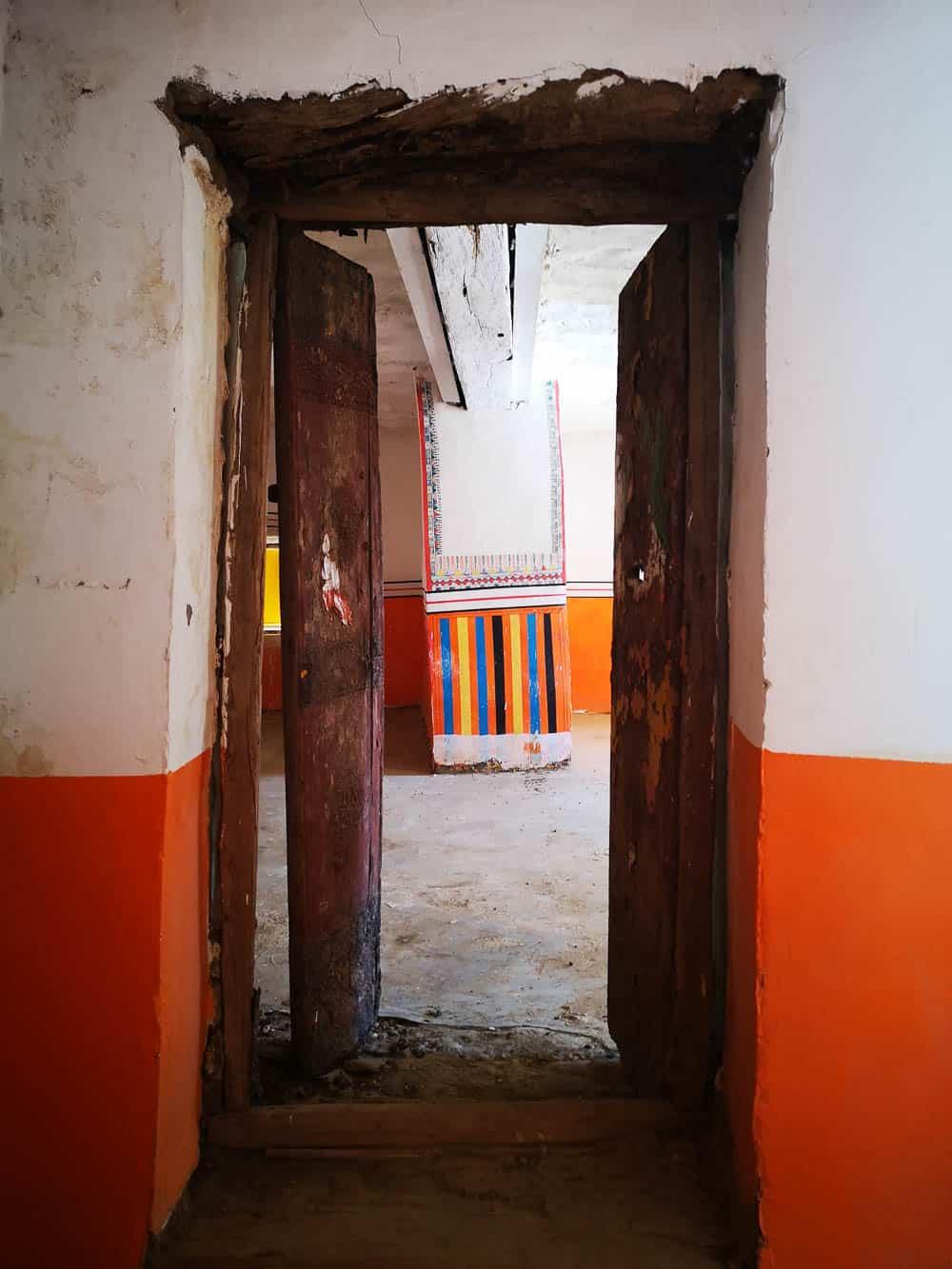 Paintings inside the houses of Rijal Almaa saudi arabia