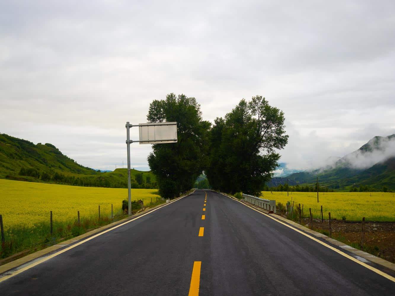 sichuan road trip china